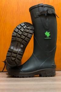 Etwas warmes Wasser und der 4 Wochen alte intensiv getragene Stiefel kann sich sehen lassen!